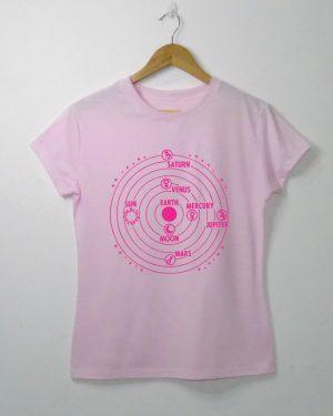 T-shirt Feminina Áltage Universo Geocêntrico